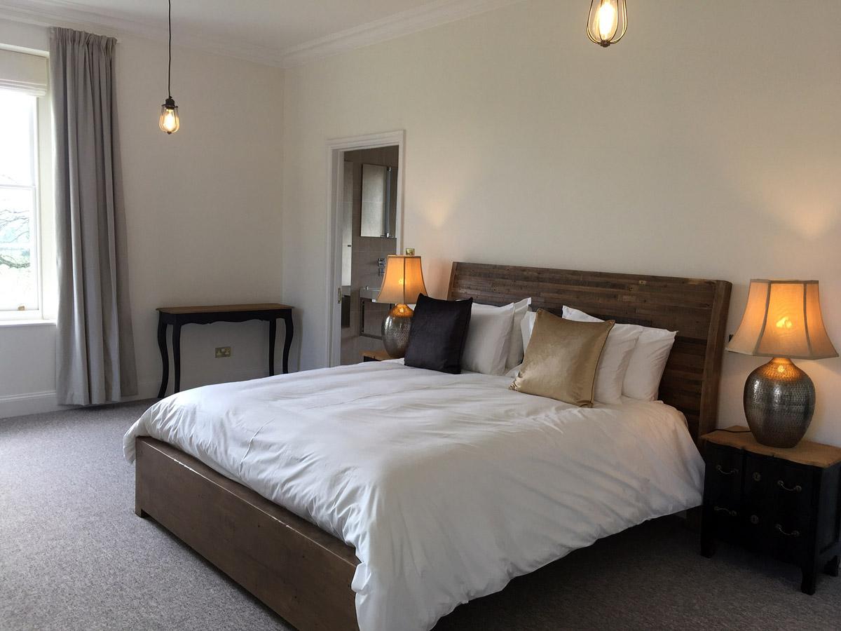bedroom-1-thmb