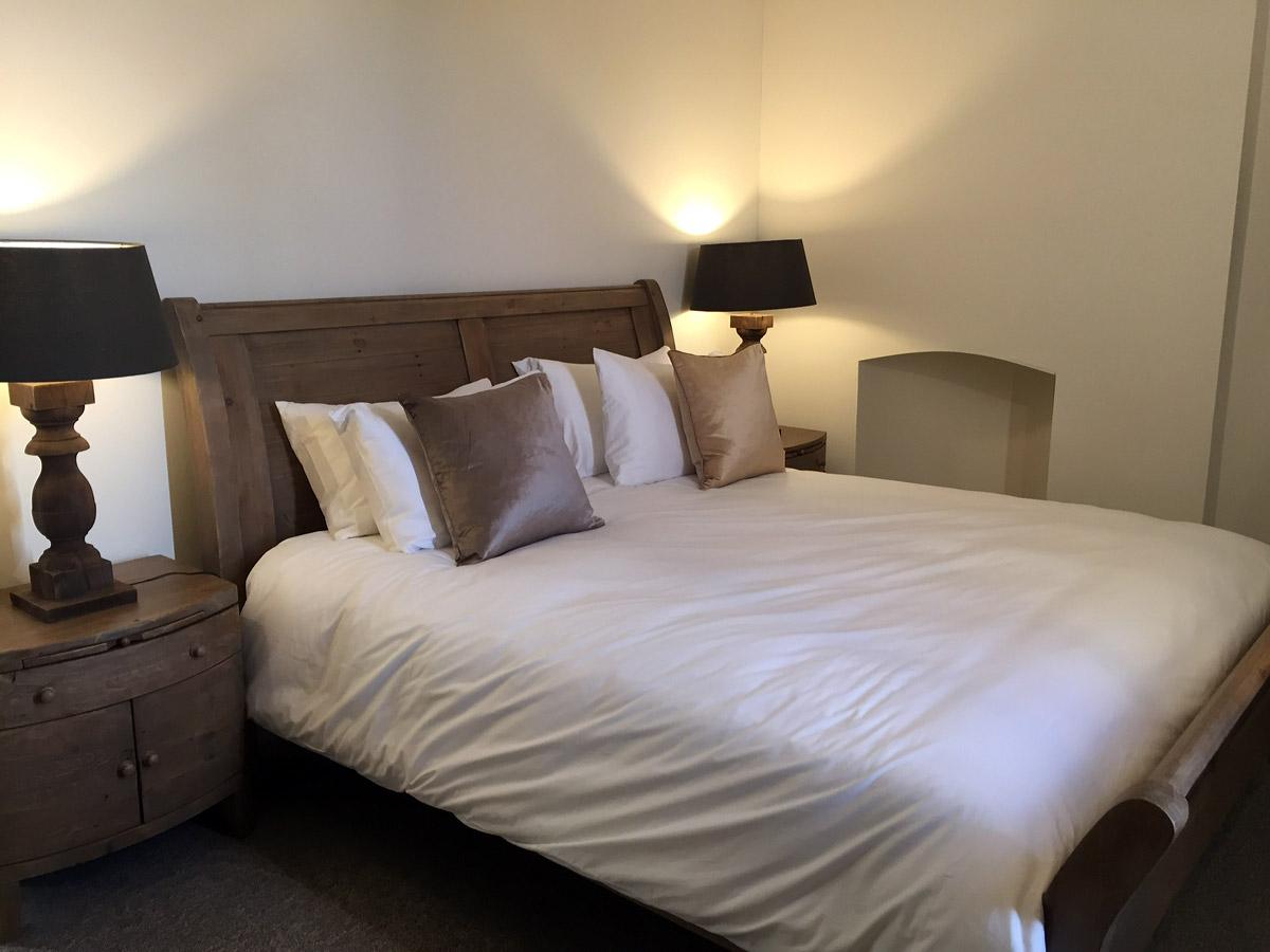 bedroom-2-thmb
