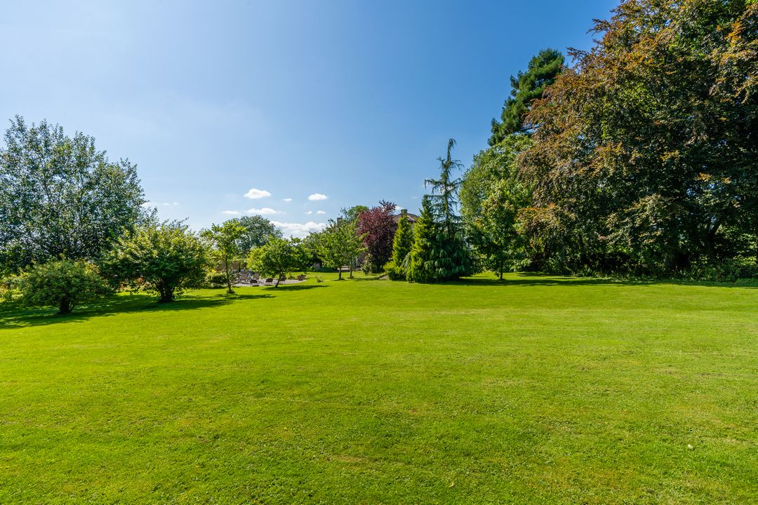 Roseneath House gardens